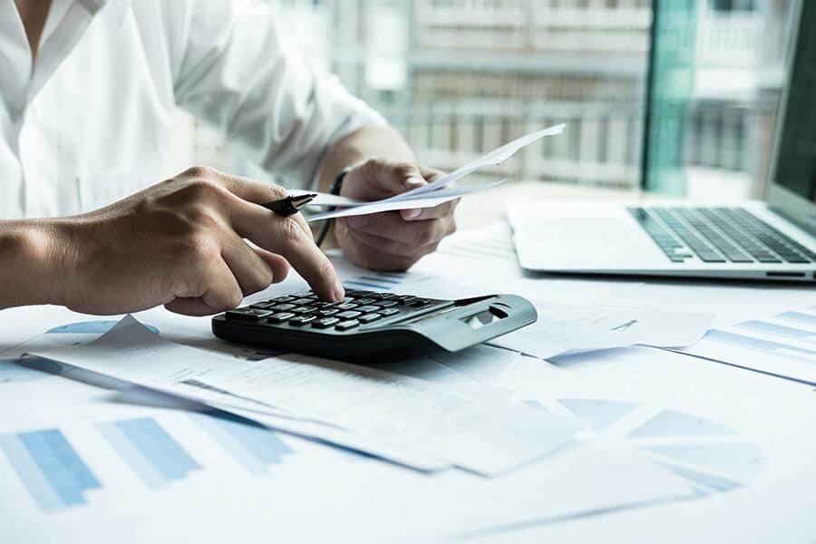 Grunderwerbsteuer berechnen – benötigte Grunderwerbsteuer wird berechnet..