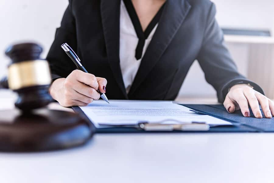 Instandhaltungsrücklagen berechnen – benötigte Instandhaltungsmaßnahmen werden besprochen.