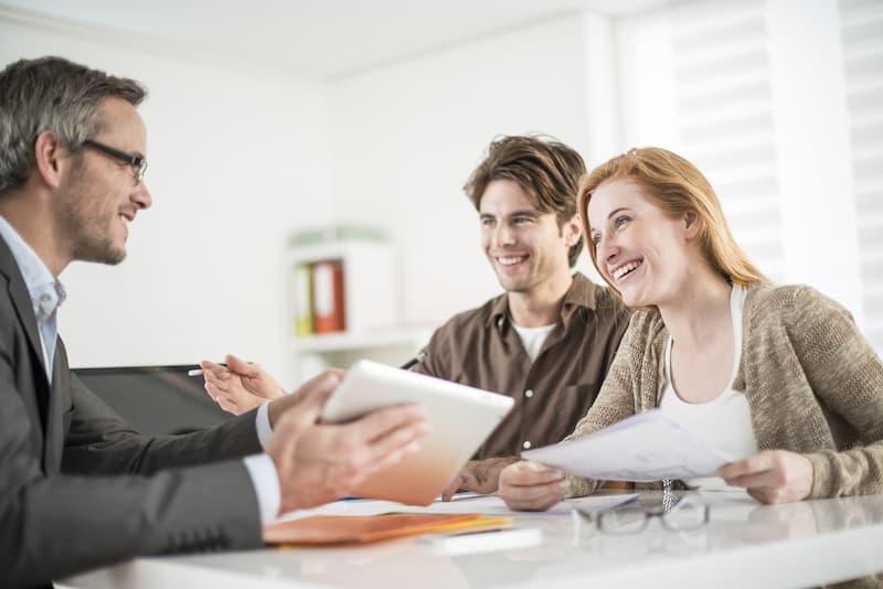 Bieterverfahren beim Immobilienkauf: Tipps für Käufer & Verkäufer