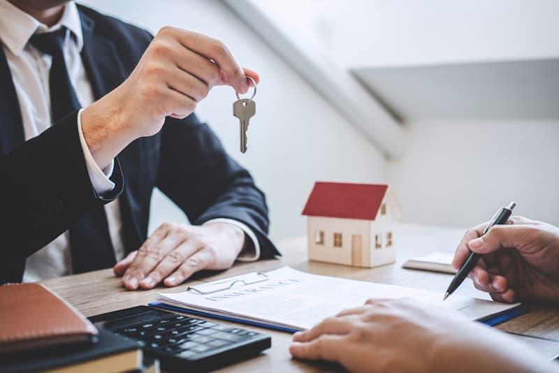Symbolbild für Immobilienkauf, das Grundpfandrecht spielt eine Rolle