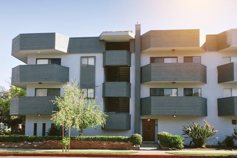 Ein Mehrfamilienhaus mit Eigentümergemeinschaft