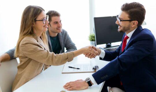 Wie kann man ein Hausverkauf mit Wohnrecht tätigen?