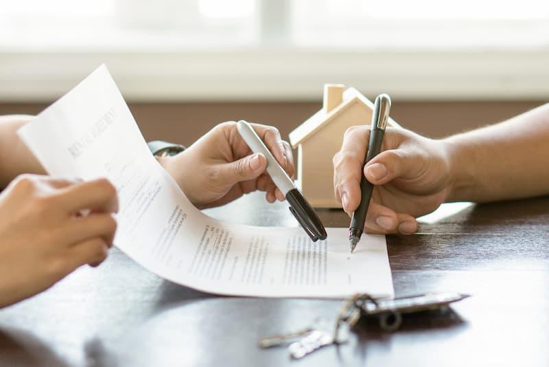 Ein Vertrag über ein lebenslanges Wohnrecht soll aufgehoben werden