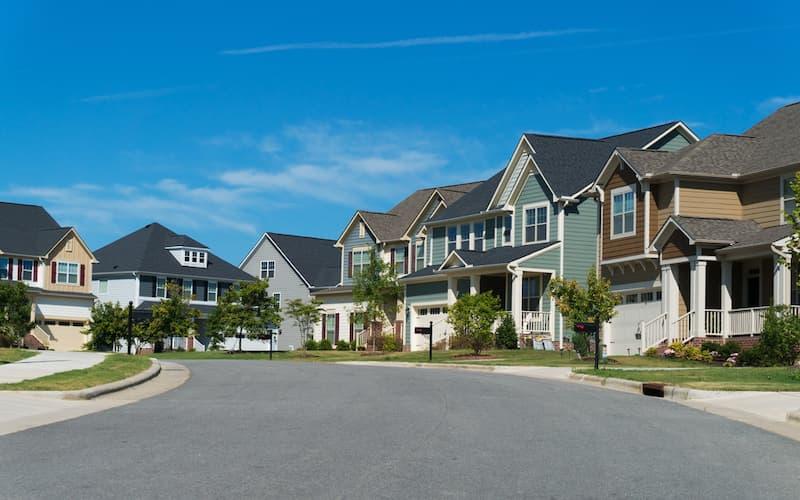 Die Grunddienstbarkeit regelt verschiedene Rechte Dritter auf dem Grundstück einer Immobilie