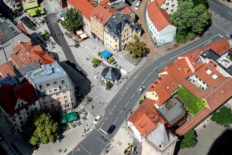 Die Stadt Jena von oben als Symbolbild für die Indexmiete