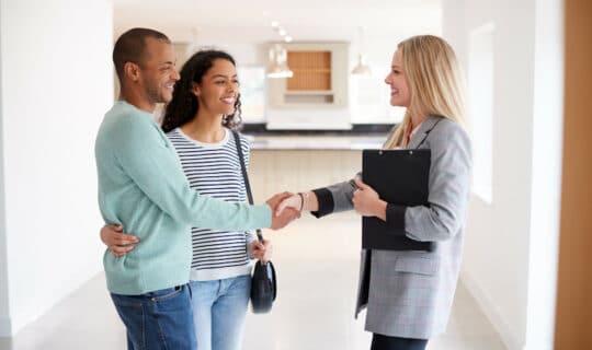 Vorkaufsrecht: Was Immobilienverkäufer und -käufer beachten sollten