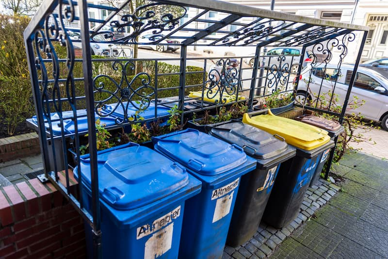 Mehrere Tonnen zur Müllentsorgung, welche Pflichten hat ein Vermieter?